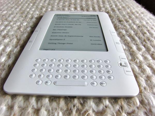 Kindle de @alvaroprb de su blog http://savethegeek.es