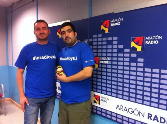 Pablo D. Martín y BlogdeBori posan en Aragón Radio.